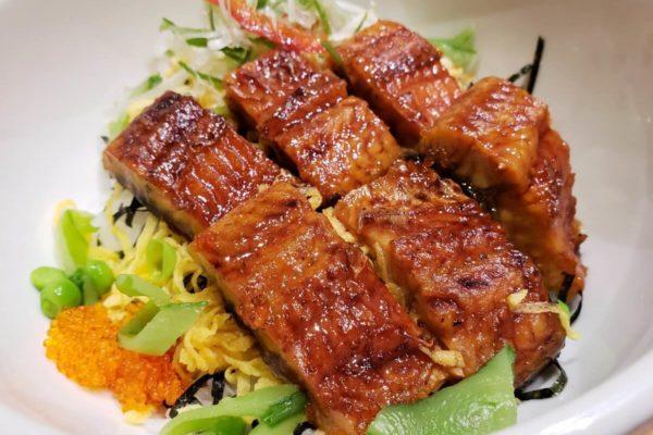 エキュート立川3F「和ごはんとカフェ chawan」でスタミナいっぱいうなぎちらし ひつまぶし食べてきた