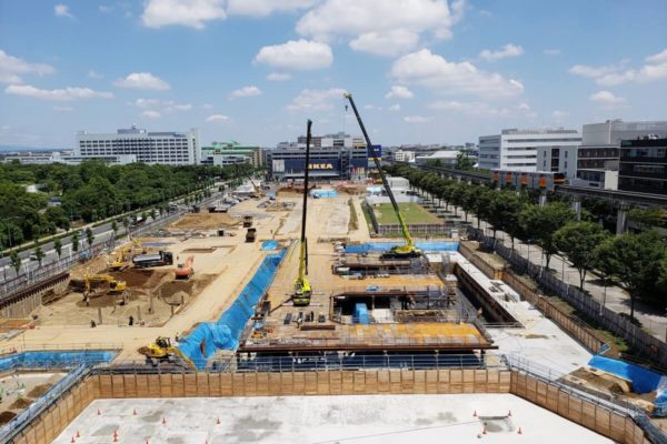 立川駅北口「GREEN SPRINGS」の建設状況。2019年春までの記録