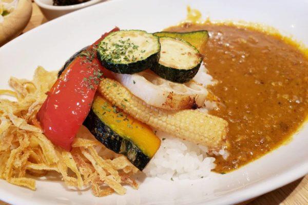 神楽坂 茶寮ららぽーと立川立飛店は、温もりあふれるカフェで自然食いっぱい
