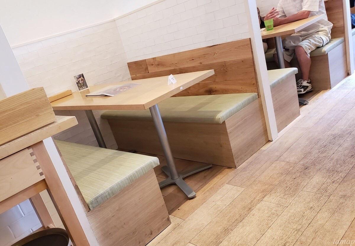 神楽坂の机