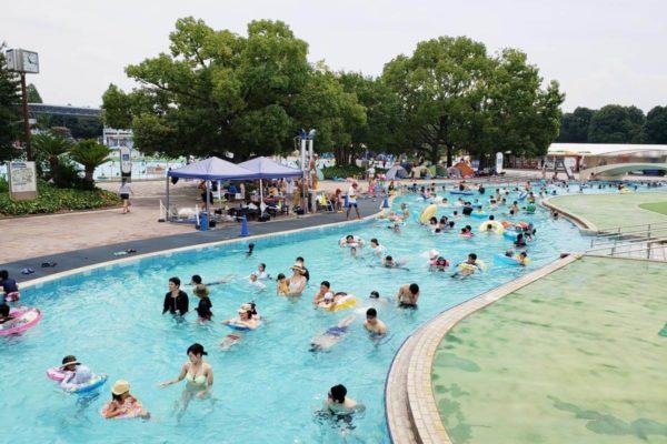 昭和記念公園プールの混雑状況はこんな感じ!夏休みのピーク時のご利用は計画的に