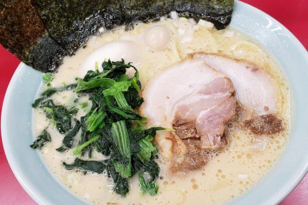 「横浜家系ラーメン 立川 壱七家」でクリーミィでやや濃厚な豚骨ラーメン食べてきた