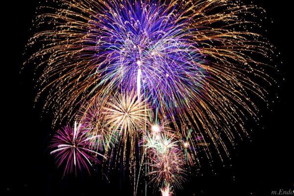 【朗報】台風で中止の昭和記念公園花火大会2018が11月23日(金)に秋開催が決定!