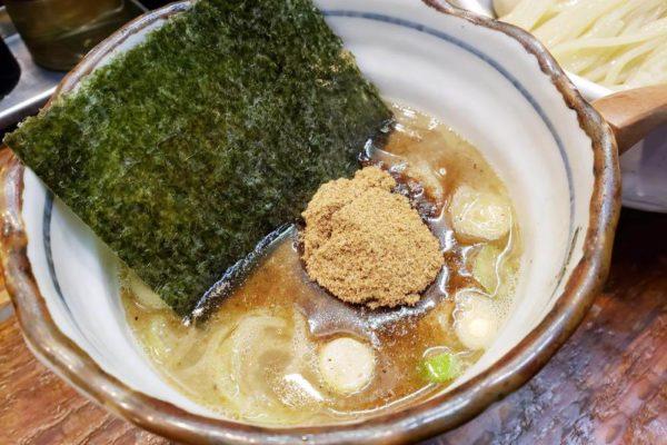 立川の人気つけ麺店はココ!「麺処 井の庄 立川」で濃厚つけめん食べてきた