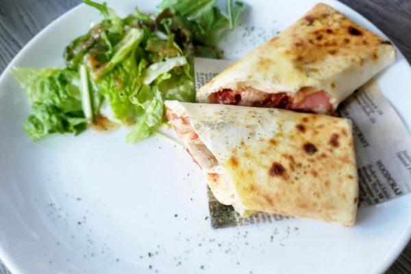 立川シネマカフェでチキンブリトーを食べてきた。バトルシップ公開中の限定裏メニュー!