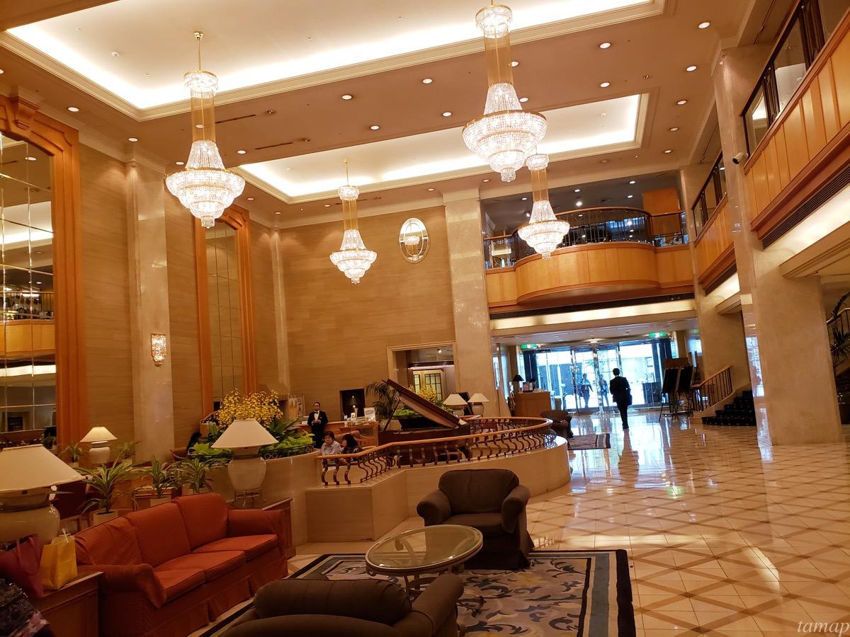 パレスホテル立川のシャンデリア