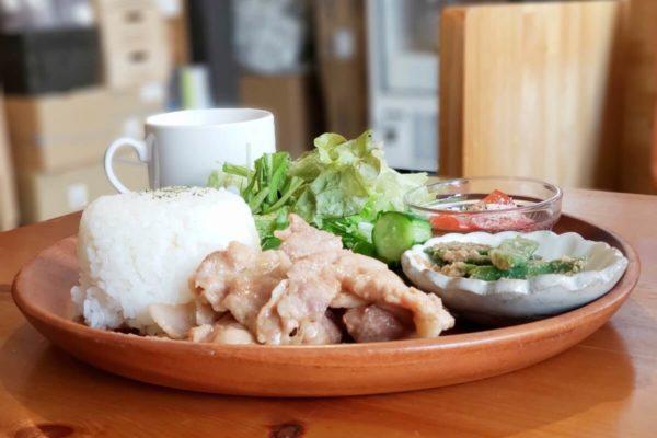 立川シネマ通りにある自家製シロップと焼き菓子のカフェ「cocokara」でランチとスイーツを食べてきた
