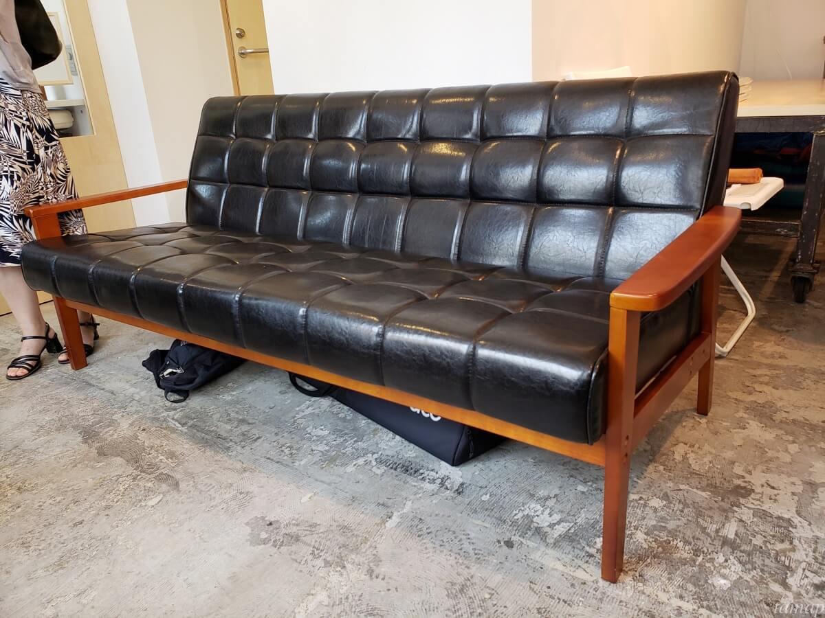 「チェレステ・ガーデン」のソファー