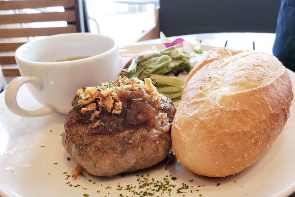電源&Wi-Fi完備!立川駅チカおしゃれカフェ「akariバル」でハンバーグランチプレートを食べてきた