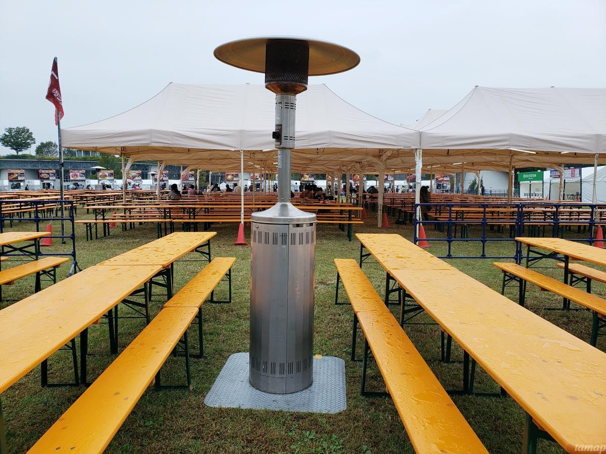肉フェス会場の暖房