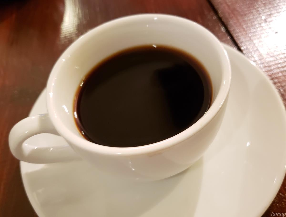 サイフォンコーヒーを入れたコーヒーカップ