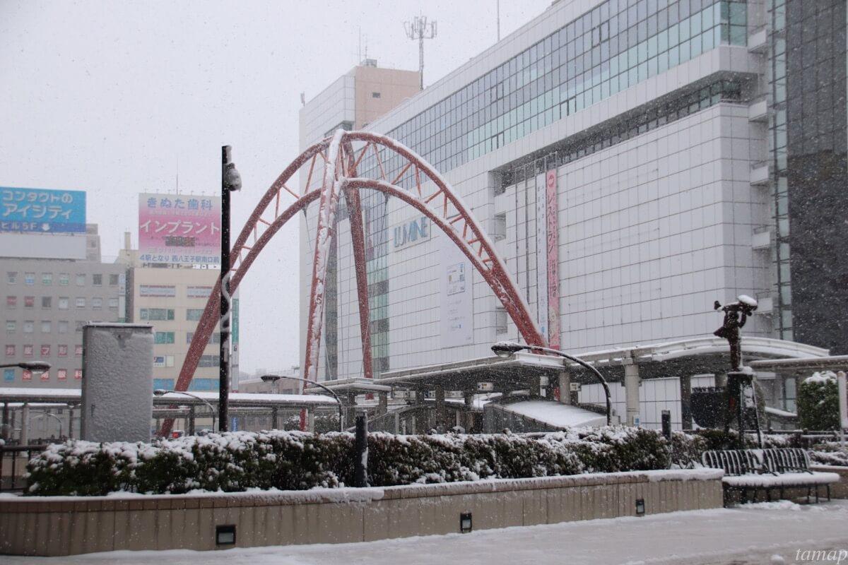 立川駅の雪