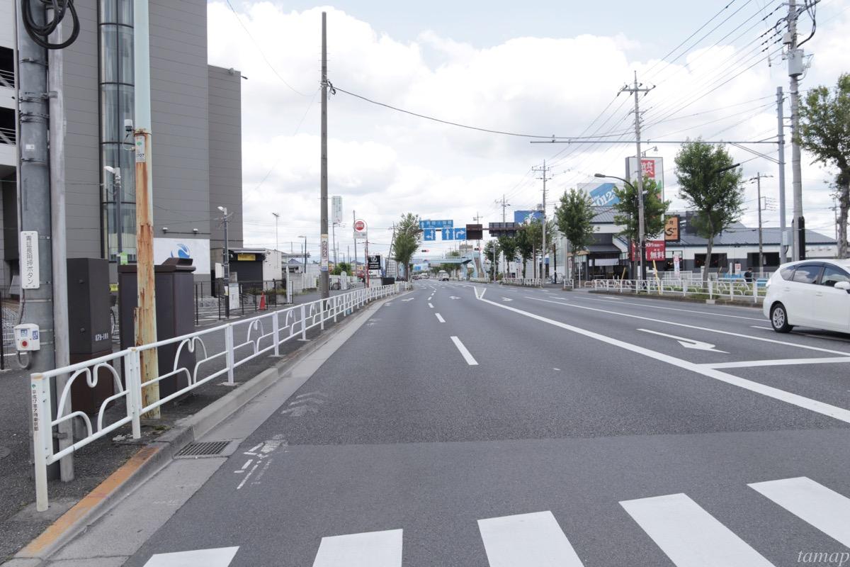新青梅街道の道路