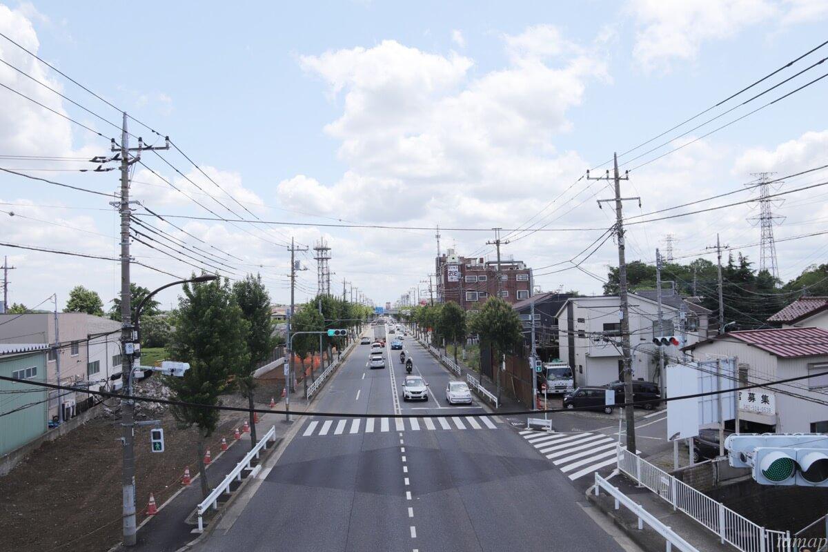 新青梅街道沿い