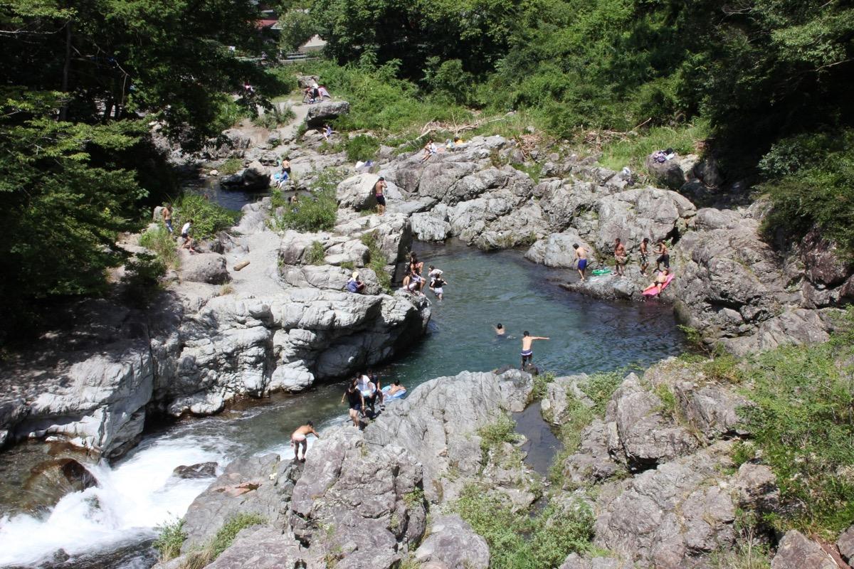 秋川渓谷 岩遊び