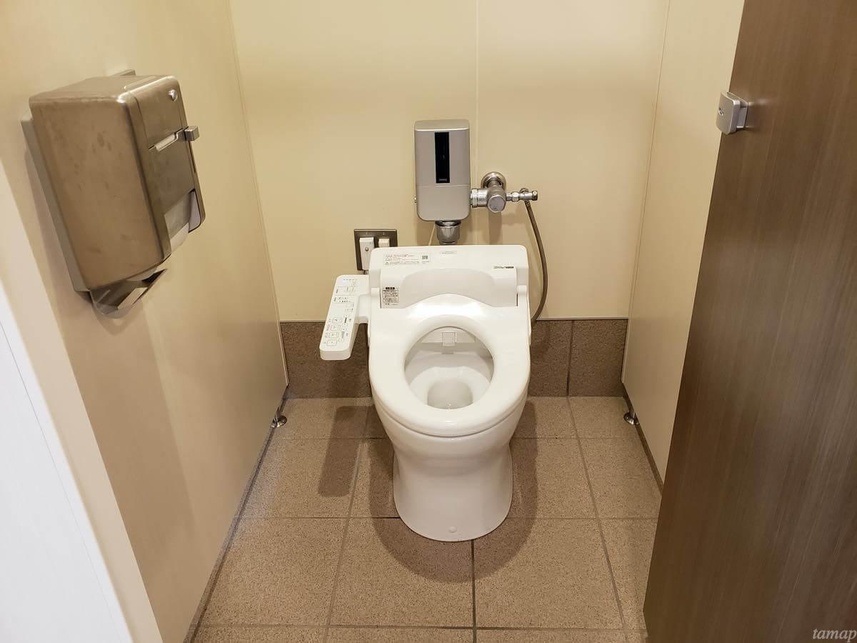 奥多摩駅内のトイレ